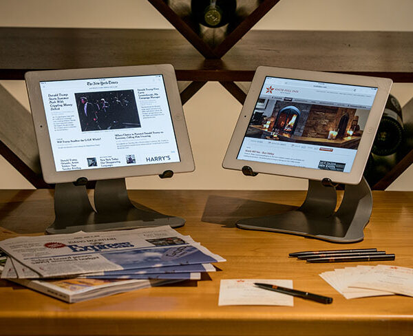 gallery-double-screens