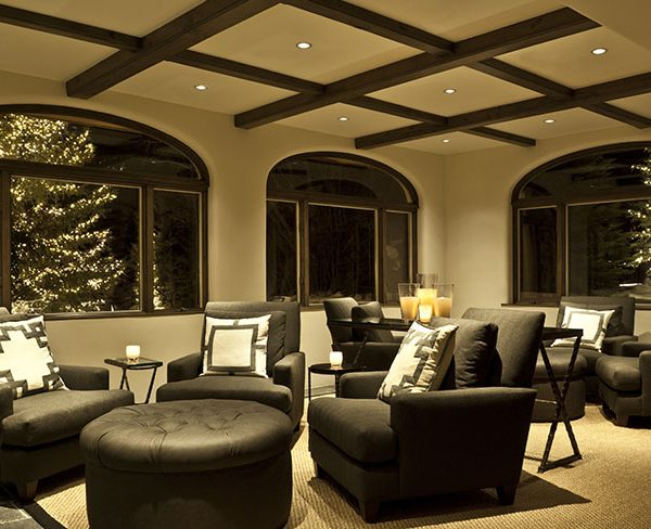 gallery-lobby-winter